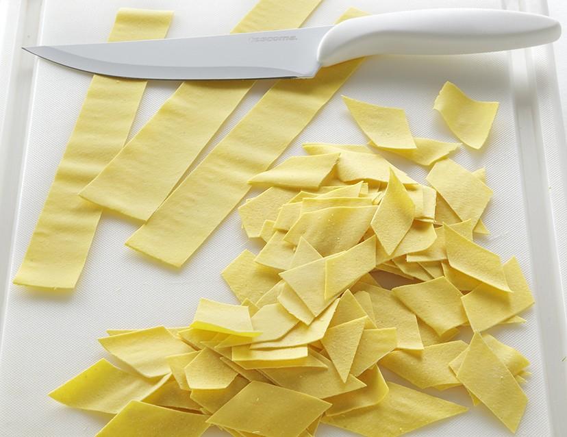 Maltagliati con fagioli e pesto di olive ricetta 2