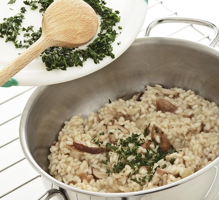 Risotto con funghi porcini trifolati ricetta 3