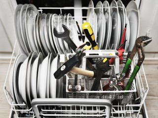 Tools in a dishwasher