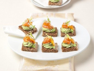Tartine alla mousse di avocado
