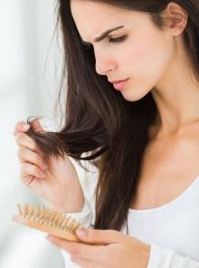 Autunno: ecco cosa mangiare per aiutare i capelli