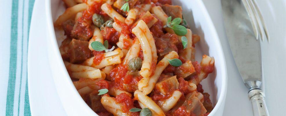 gemelli al seitan con pomodoro e capperi Sale&Pepe ricetta