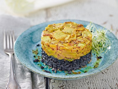 cavolo cinese saltato e speziato con riso nero ricetta