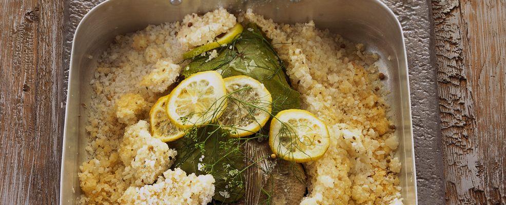 orata al limone in crosta di sale