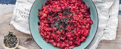 Risotto con barbabietola, zenzero e furikake veg ricetta