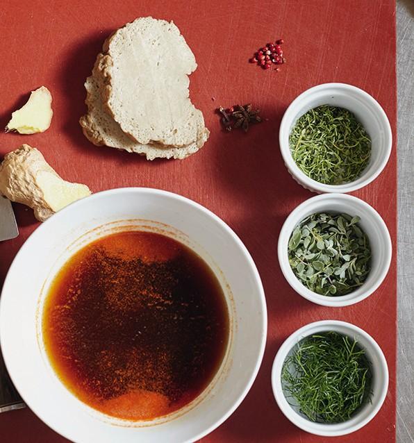 seitan in crosta di sesamo con zucca al forno e porro fritto2
