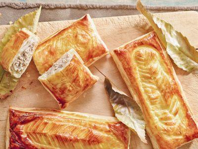 sfoglie dorate di castagne e ricotta ricetta