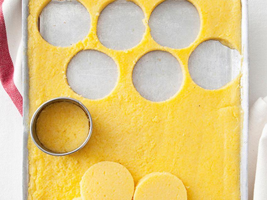 Bignè di polenta con zampone e formaggio Sale&Pepe ricetta