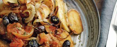 stufato di seitan con olive e patate ricetta