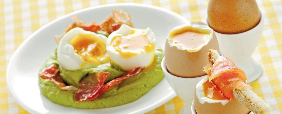 Come cucinare le uova sode strapazzate in camicia e for Cucinare uova sode