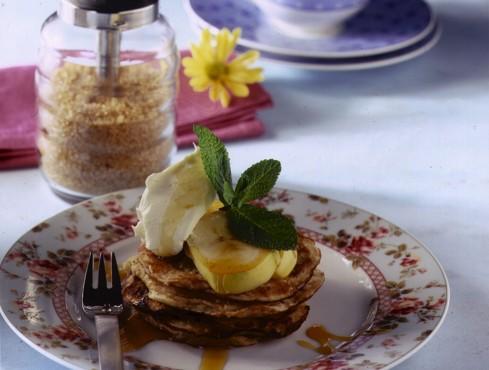 pancake profumati al cocco con banane e yogurt Sale&Pepe ricetta