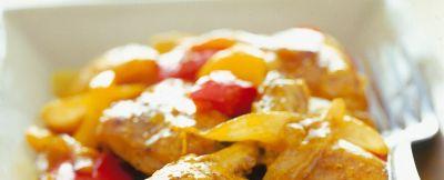 pollo curry peperoni ricetta