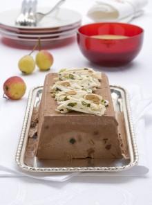 Semifreddo al cioccolato con crema di pistacchi