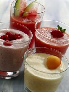Succo di anguria e pesche