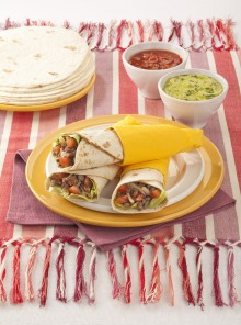 Tortillas arrotolate con carne