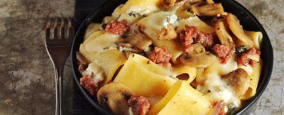 paccheri forno salame gorgonzola ricetta