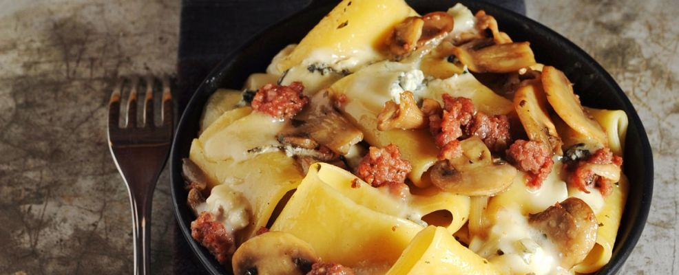 paccheri forno salame gorgonzola ricetta Sale&Pepe
