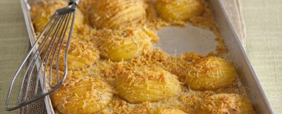 patate al forno Hasselback ricetta