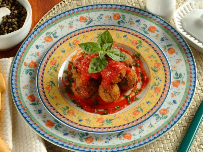 polpette di melanzane con pomodoro ricetta Sale&Pepe