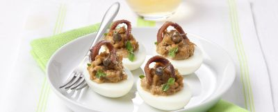uova ripiene con mousse e vitello tonnato