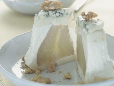 terrina di formaggio, pere e noci