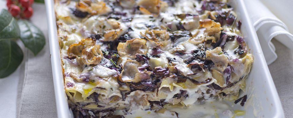 lasagne con radicchio, fonduta di grana e lardo d'Arnad