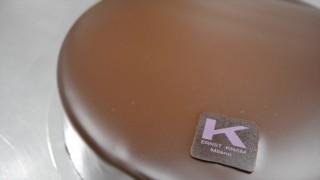 Ernst Knam prepara la torta sacher al tamarindo