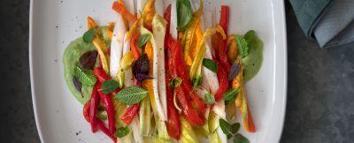insalata-peperoni-fiori-zucca-salsa-verde