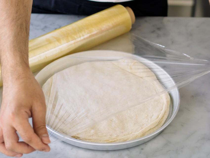 Pizza con pomodorini, burrata e cipolla di Tropea-03