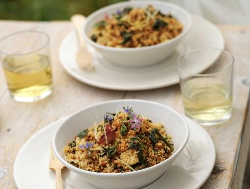 Cuscus con lenticchie, borragine e ortiche