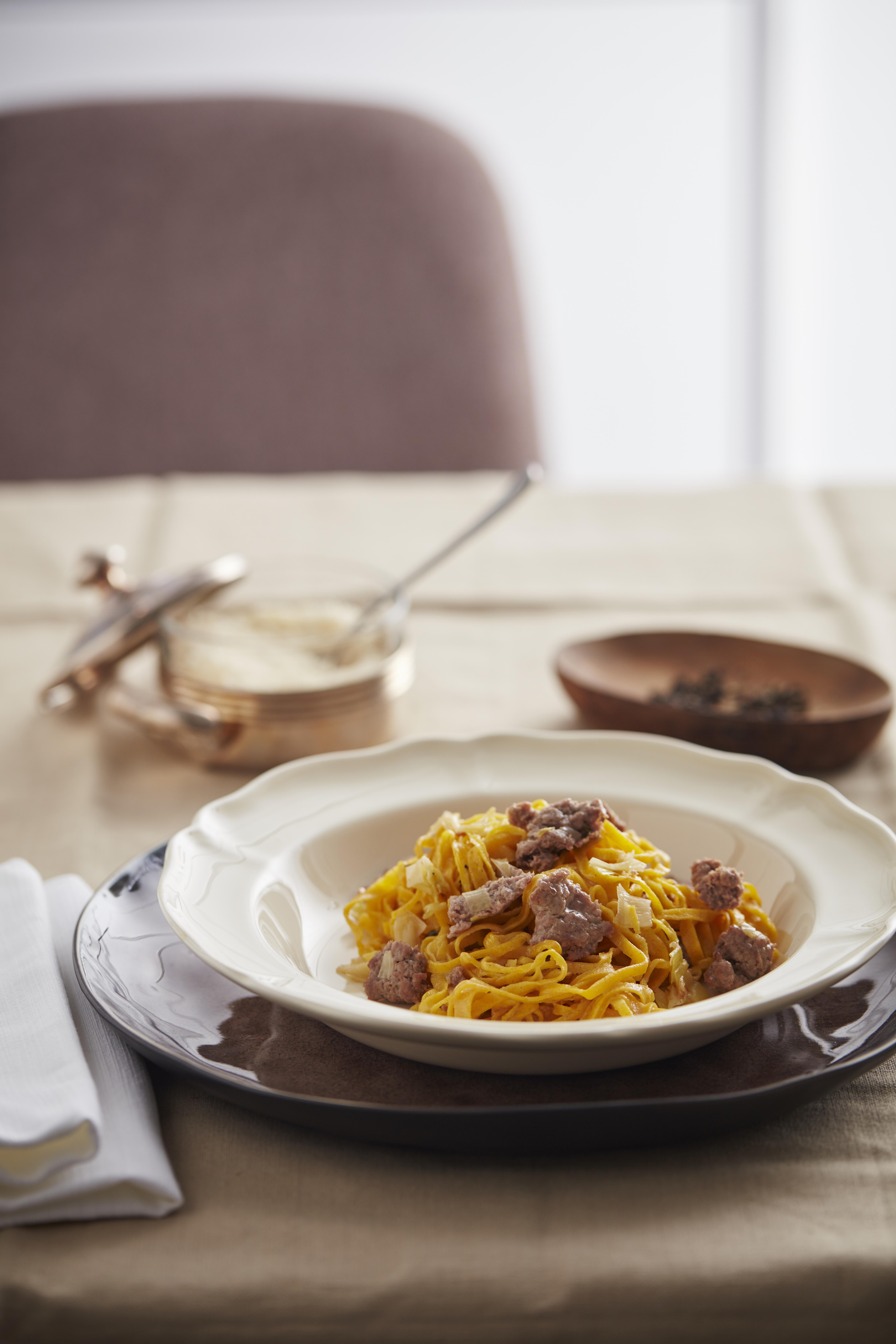 Cucinare i tagliolini con la salsiccia di bra sale pepe for Cucinare salsiccia