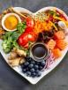 cibo che fa bene cuore in piatto forma cuore