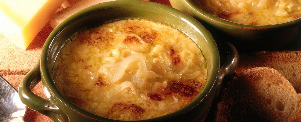 zuppa di cipolle ricetta Sale&Pepe