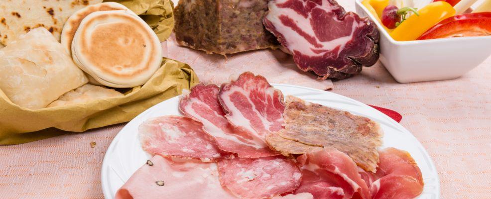 Modena_tigelle_gnocco fritto