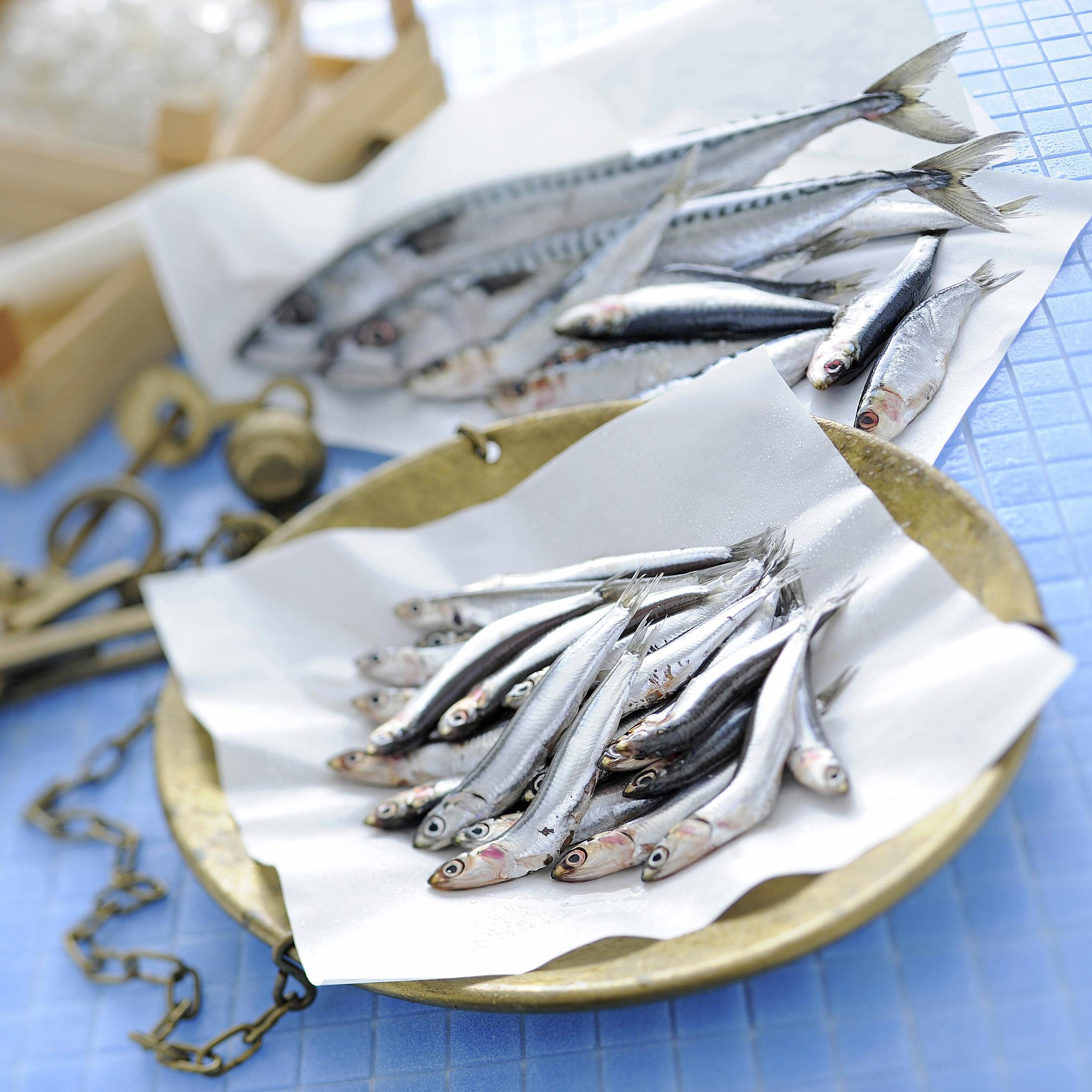 Come Pulire E Sfilettare Il Pesce Azzurro Sale Pepe