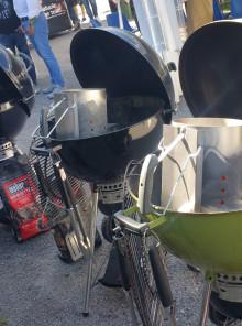 Griglie in alto per il campionato internazionale di barbecue