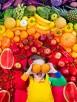 arcobaleno frutta verdura bambina cibo colori