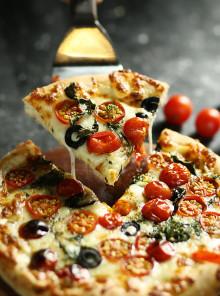 Pizza e vino: i migliori abbinamenti