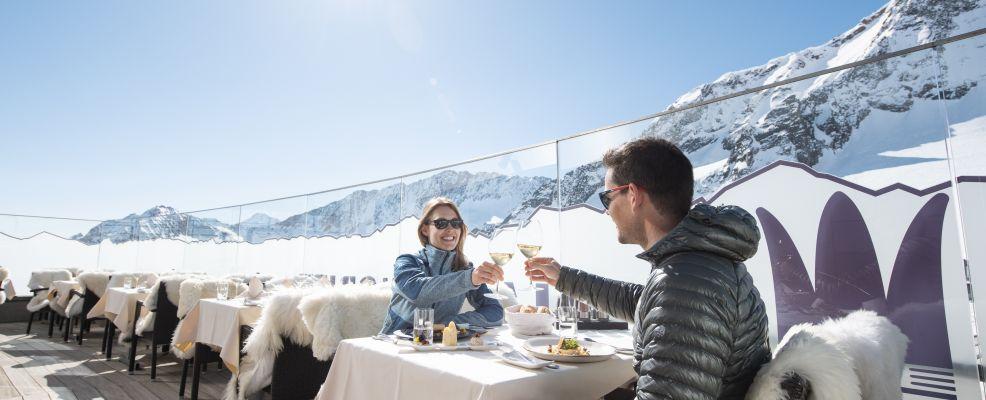 Restaurant Schaufelspitz Stubaier Gletscher04 -c- Andre Schoenherr (2)