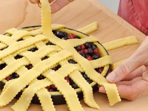 Grata in pasta frolla per crostata classica