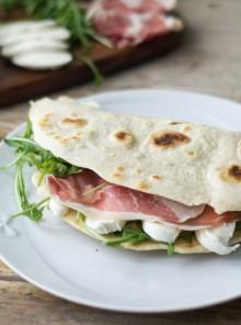 Piadina: gustosa bontà da preparare anche in casa!