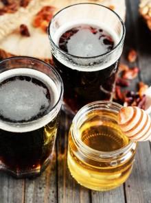 Miele: come abbinare i vari tipi a birre, formaggi e ricette
