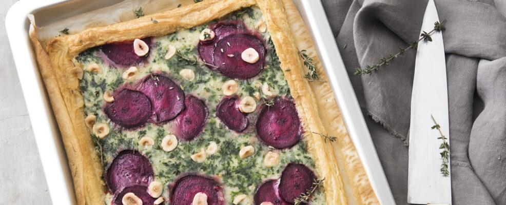 Torta salata con spinaci, gorgonzola e nocciole
