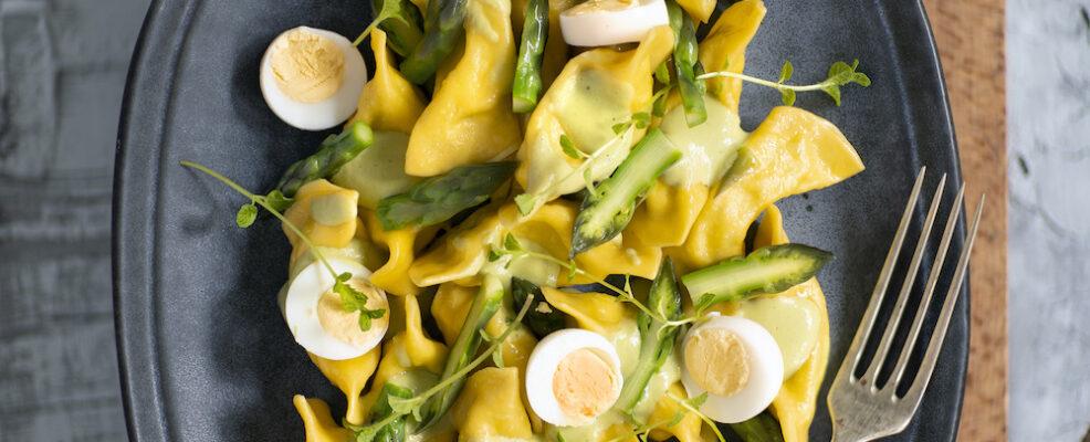 Mezzelune con uova di quaglia