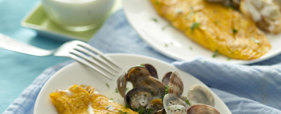 Omelette fondente con le vongole
