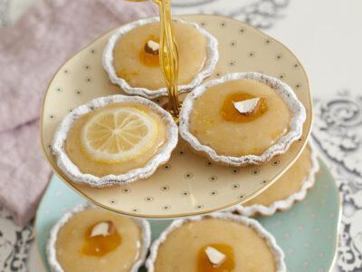 Tartellette con crema di marzapane al rum