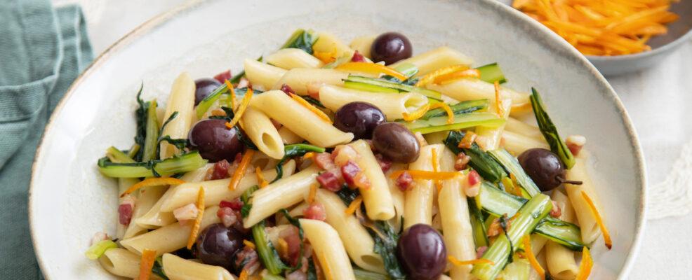 penne con cicoria pancetta e olive