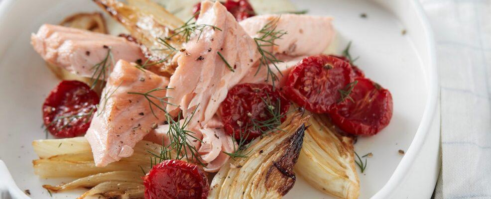 Insalata di salmone scottato al vino
