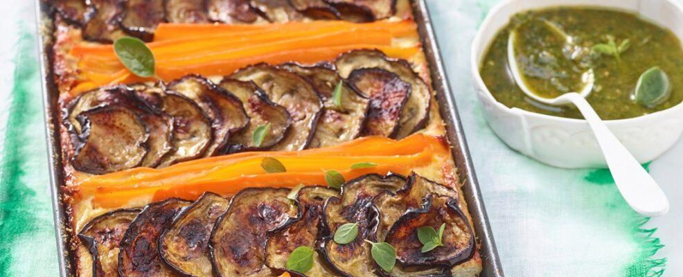 Tian melanzane e carote con pesto d'erbe