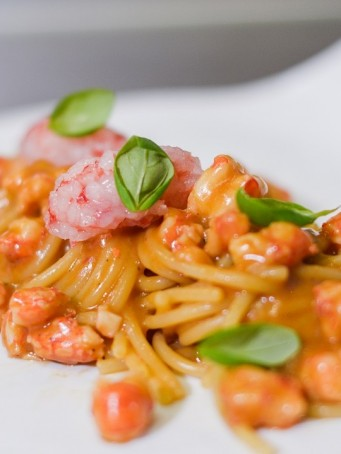 Spaghettoni con gamberi
